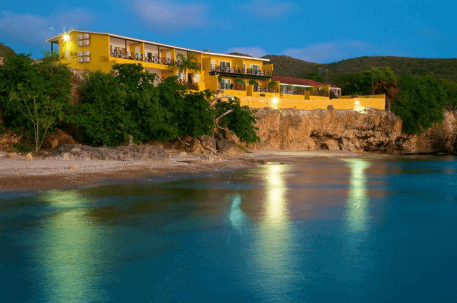 All West Apartments and Diving | Dive Travel Curaçao