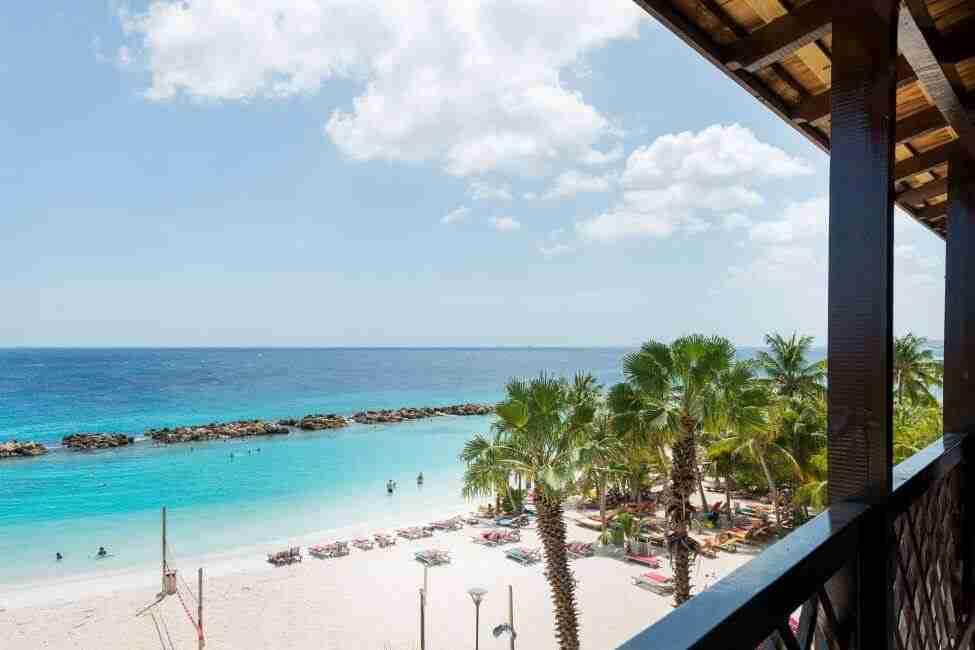 The Suites of LionsDive Beach Resort | Dive Travel Curaçao