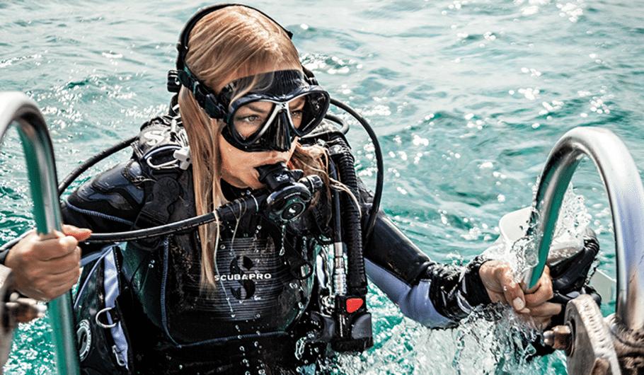 Atlantis Watersports Curaçao | Scuba Diving Equipment | Dive Curacao