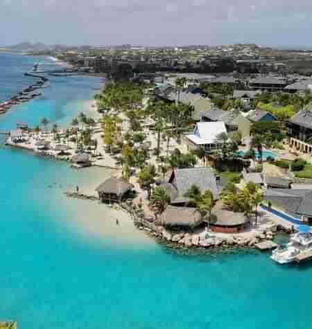 Green Mission LionsDive Curacao | Dive Travel Curaçao