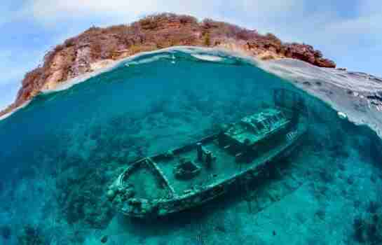 Virtual Postcards from Curaçao   Episode 2   Caracasbaai Curacao