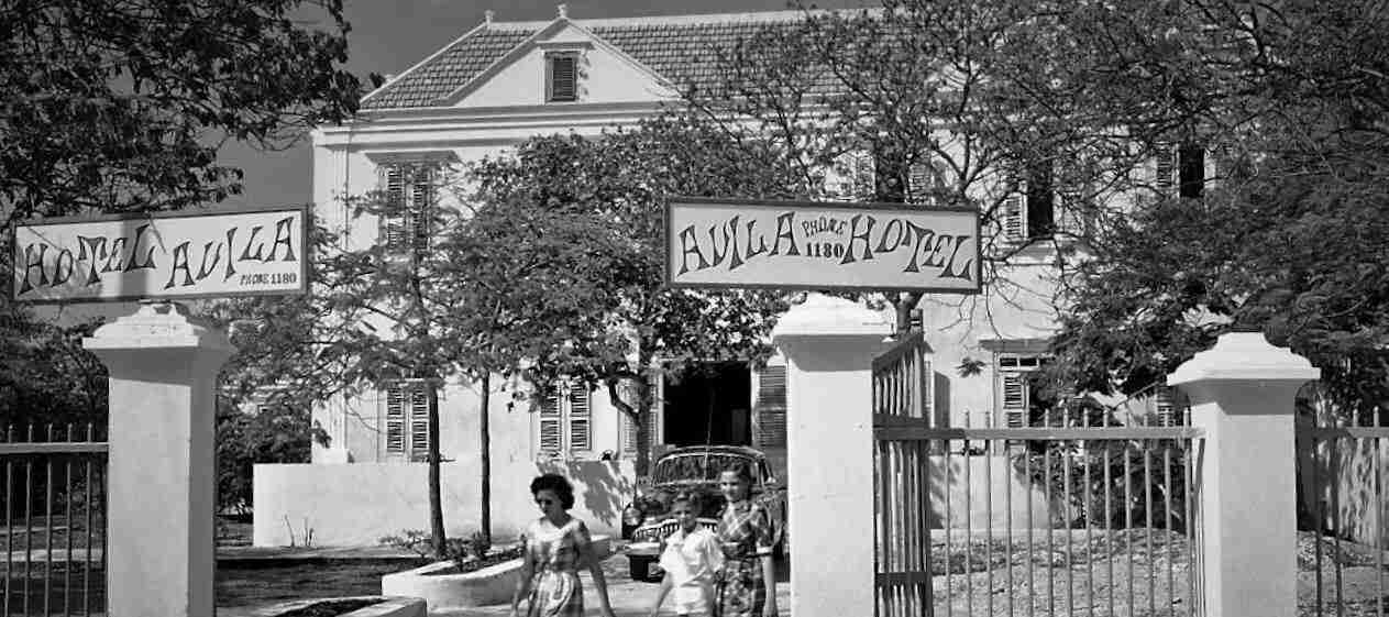 Avila Beach Hotel - 1949