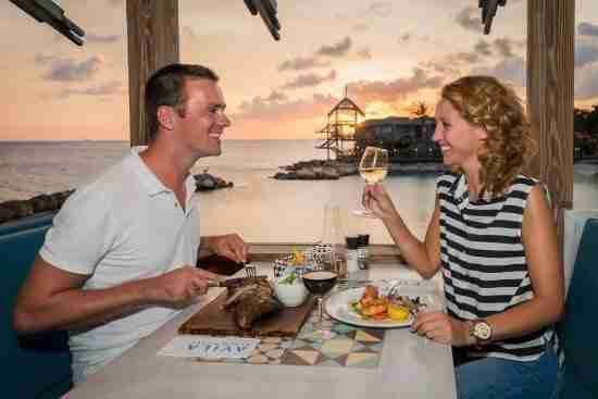 Avila Beach Hotel - Blues Bar & Restaurant