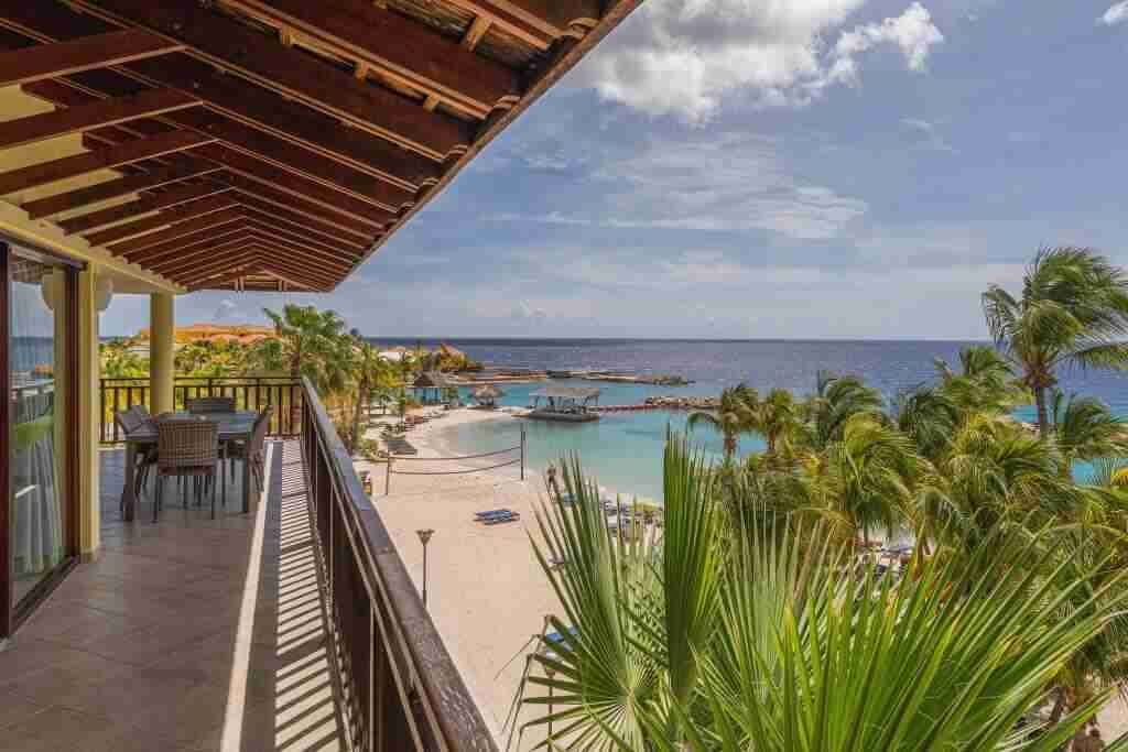Dive Hotels and Resorts | Curacao Diving Packages | Dive Travel Curaçao