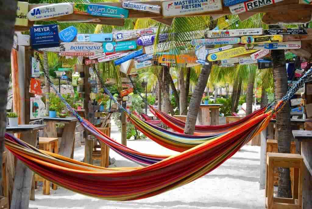 Chill Beach Bar and Grill | Dive Travel Curacao