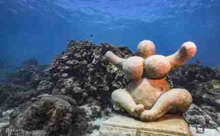 Underwater Sculpture of Chichi Curacao