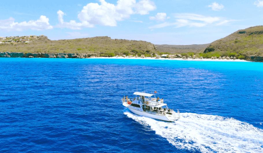 Scuba Diving Curacao   Top 10 Reasons to Dive Curacao